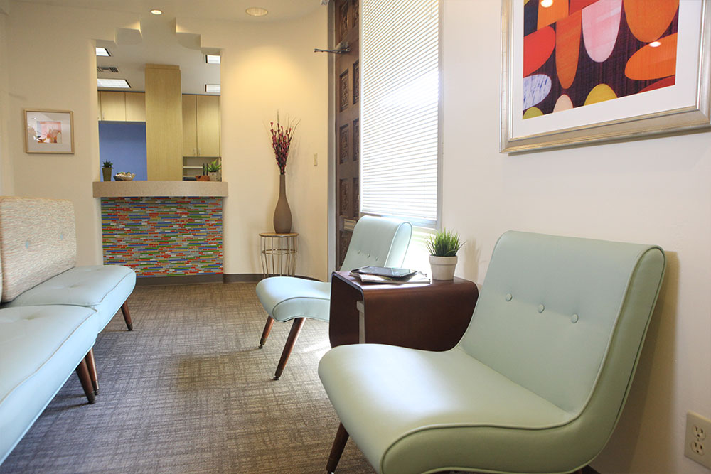 couches-at-waiting-area-at-scottsdale-kids-dental-office