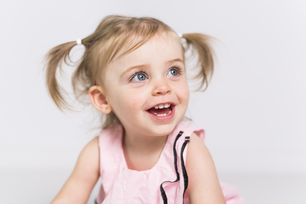 baby-with-healthy-teeth-after-dental-exam